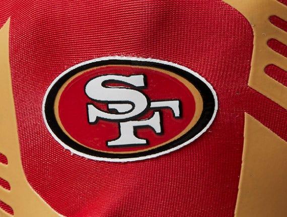 San Francisco Giants  logo on back of glove