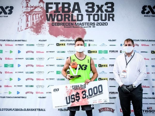 FIBA player with check