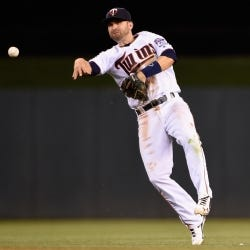 Brian Dozier - Wilson Baseball Advisory Staff