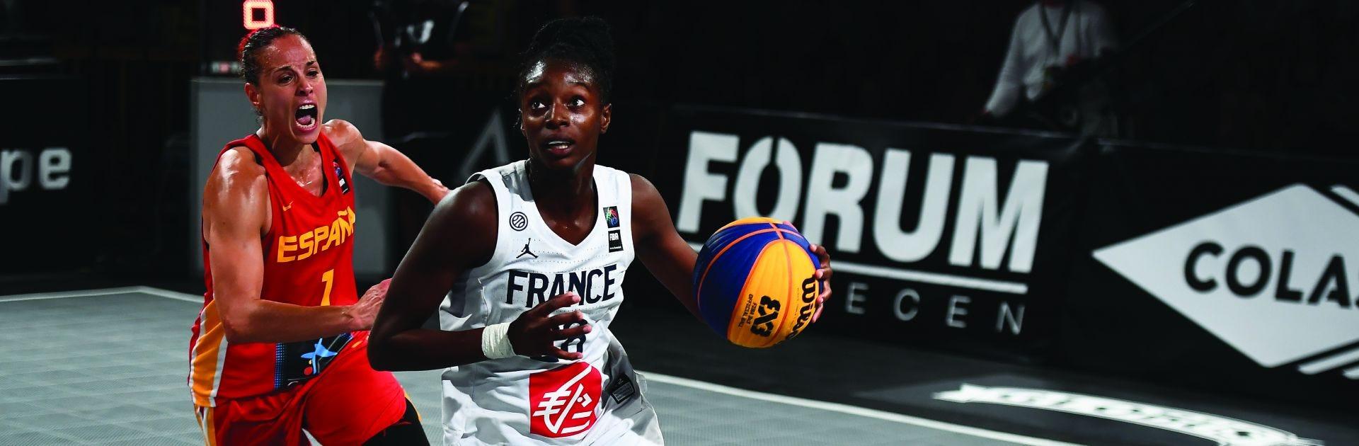 migna toures on the court